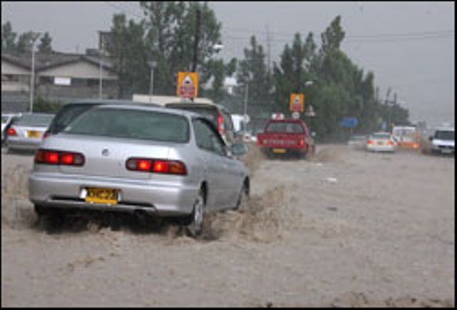 Extreme_weather_nicosia09