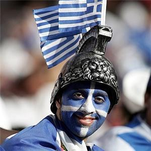 Greek+fan_1333_19226719_0_0_7013938_300