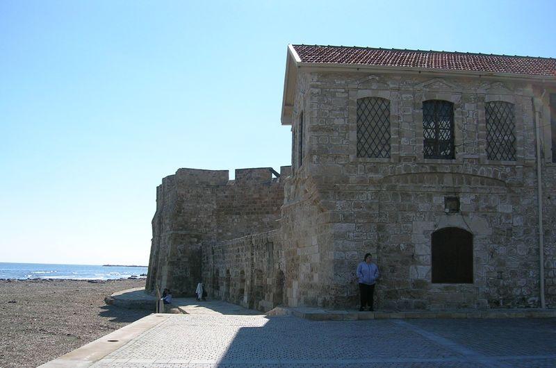 Larnaca-castle-01