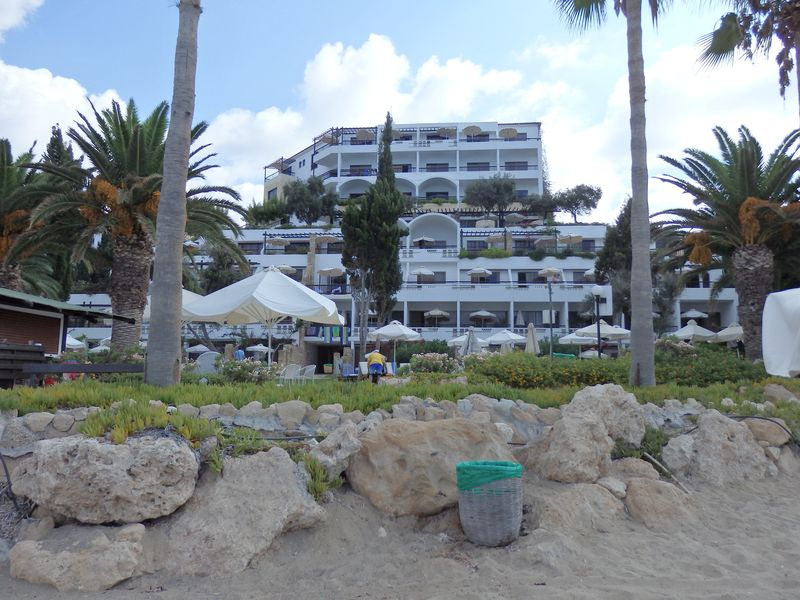 Coral Bay Beach Hotel-02