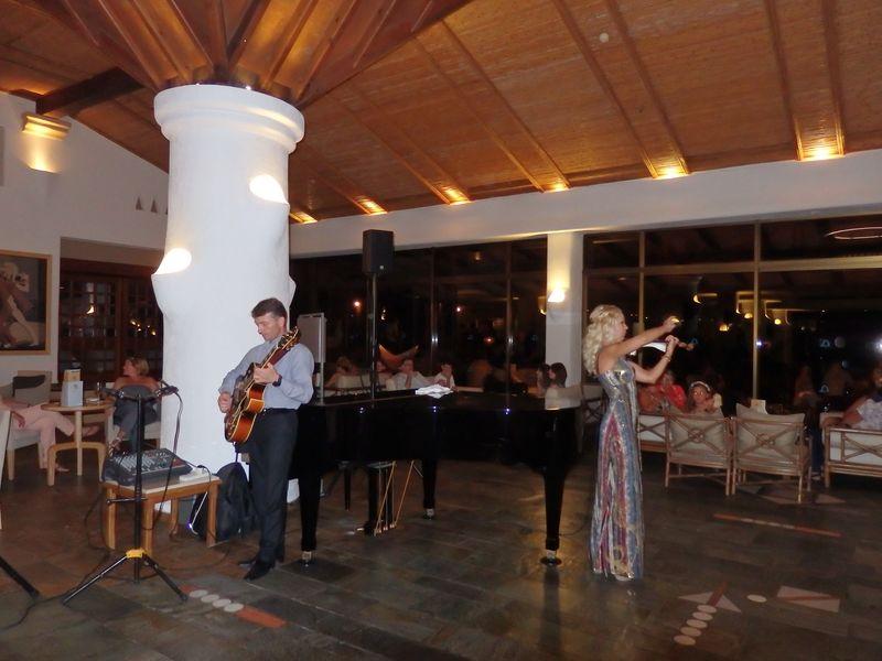 Coral Bay Beach Hotel - 01