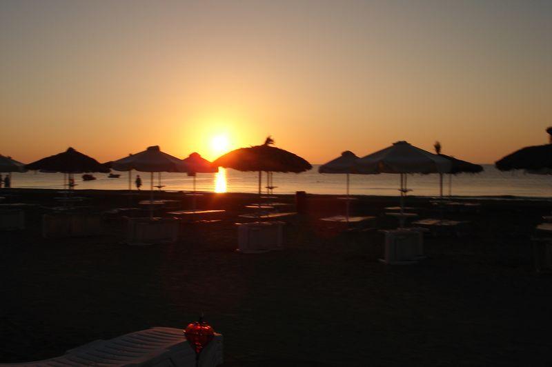Mackenzie beach- arnaca-sunrise-01