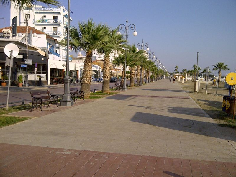 Larnaca-finicoudes